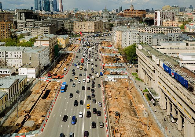 Obras en la 'Sadovoye Koltsó' en Moscú