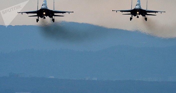 Cazas Su-27 en el Lejano Oriente de Rusia