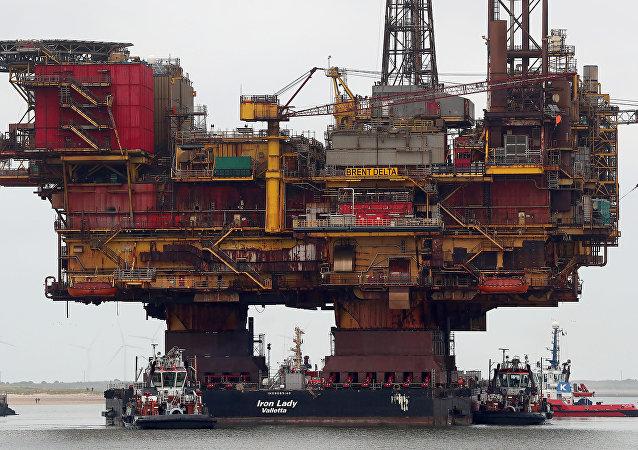 Una plataforma petrolera de la compañía Brent (archivo)