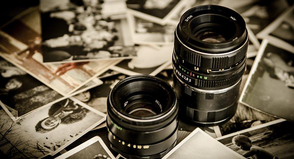 Cámara fotográfica (imagen referencial)