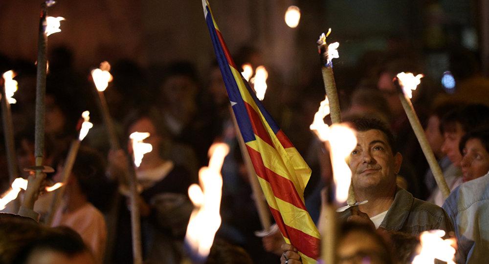 Miles de personas se manifiestan en Barcelona por la independencia