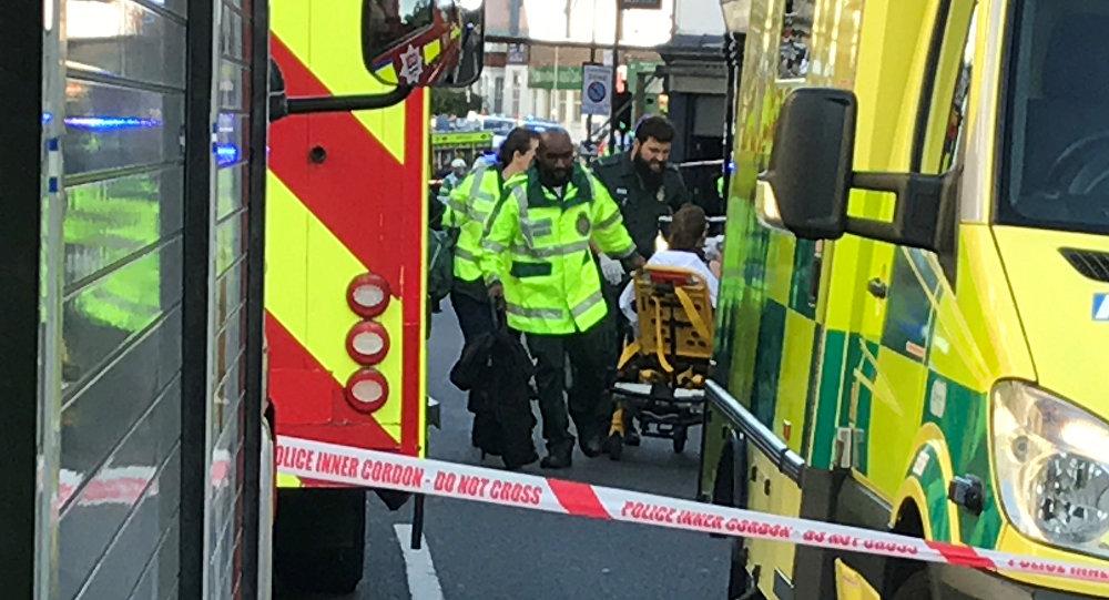 Explosión en un vagón del metro de Londres deja varios heridos