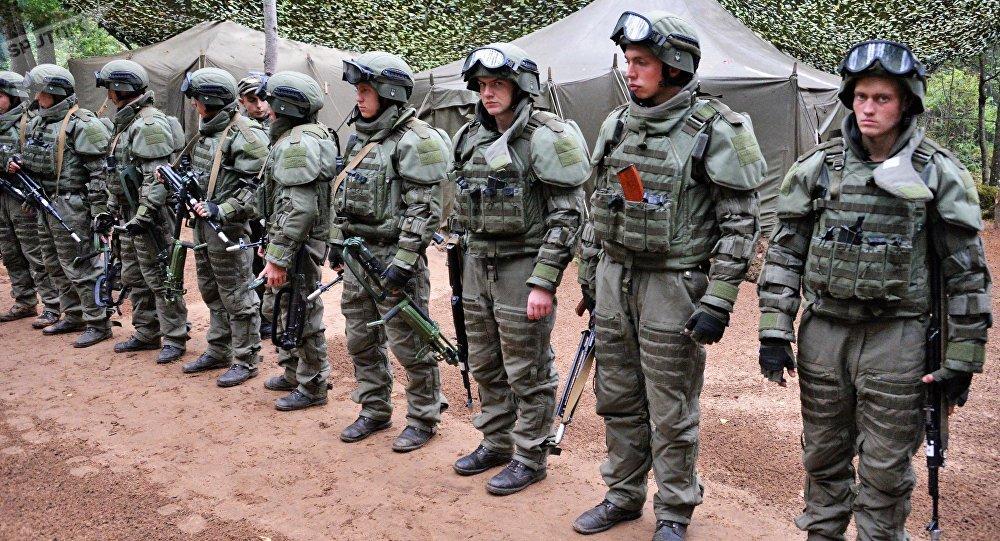 Militares rusos durante la maniobra Zapad 2017