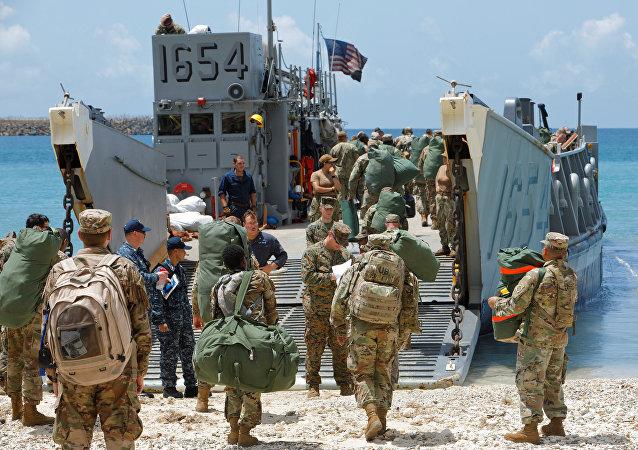 Evacuación de militares estadounidesnes de las Islas Vírgenes de EEUU