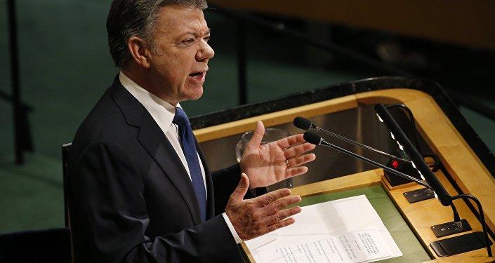 Timochenko exigió a Santos cumplir con los acuerdos de paz