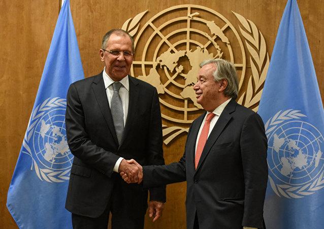 Ministro de Asuntos Exteriores de Rusia, Serguéi Lavrov, y secretario general de la ONU, Antonio Guterres