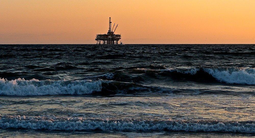 Una plataforma para la extracción de petróleo en el mar