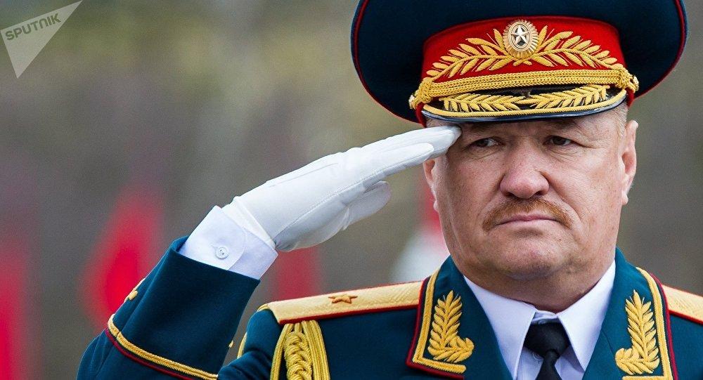 Teniente general Valeri Asápov