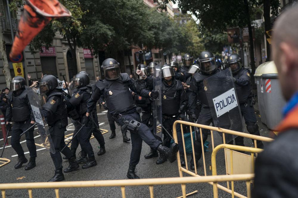Cataluña y el 1-O: un referéndum a 'moretones'