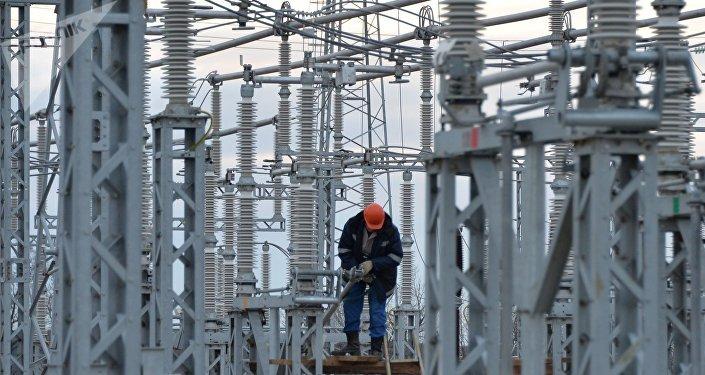 La construcción de la puente energética en Rusia