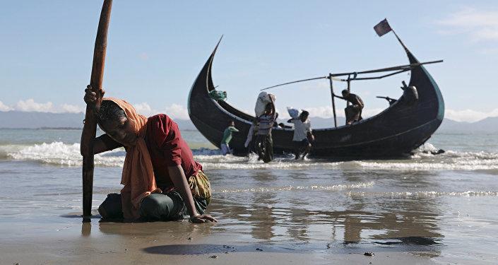 Naufragio deja dos muertos en frontera Bangladesh-Myanmar