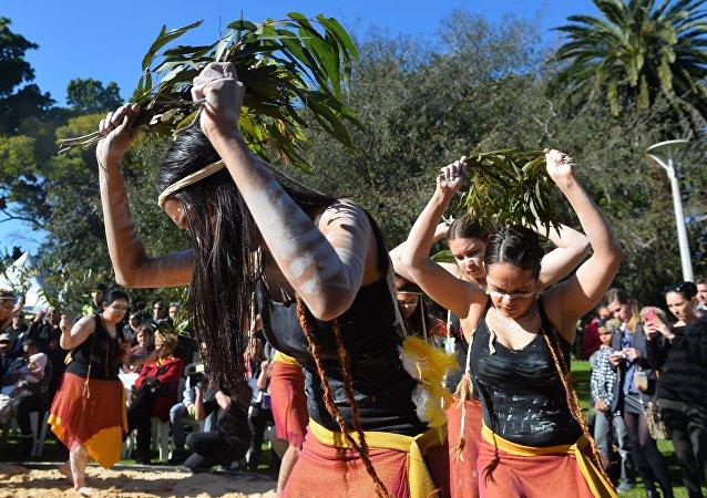 Aborigenos australianos (imagen referencial)