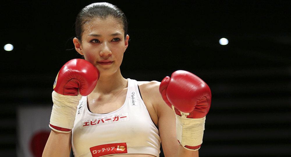 Fuerte Y Sexi Una Boxeadora Japonesa Se Convierte En -8300