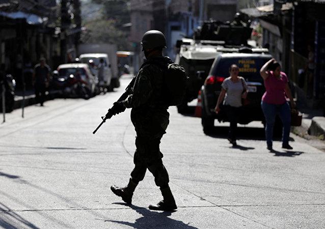 Fuerzas Armadas de Brasil en la favela Rocinha