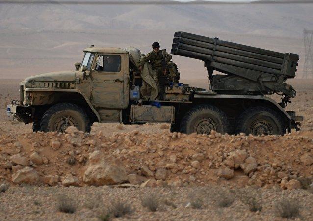 Un sistema de misiles Grad en Siria