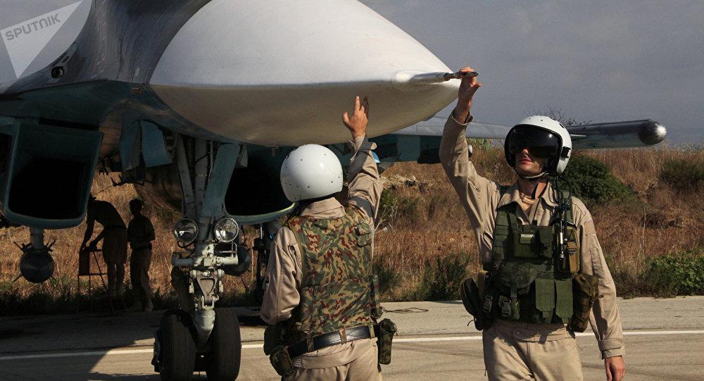 Pilotos rusos en la base Hmeymim en Siria