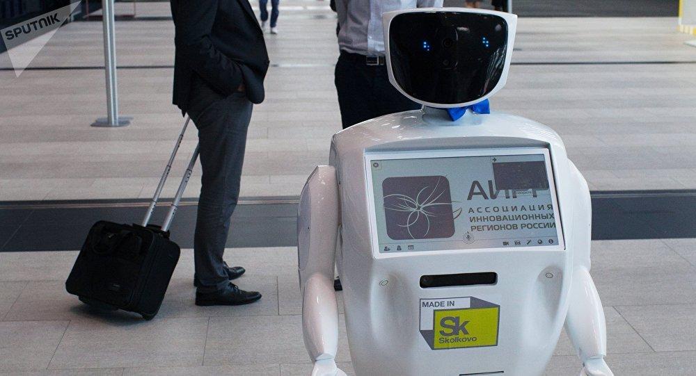 Robot Promobot en la exhibición, el mismo que paró el tráfico en la ciudad rusa