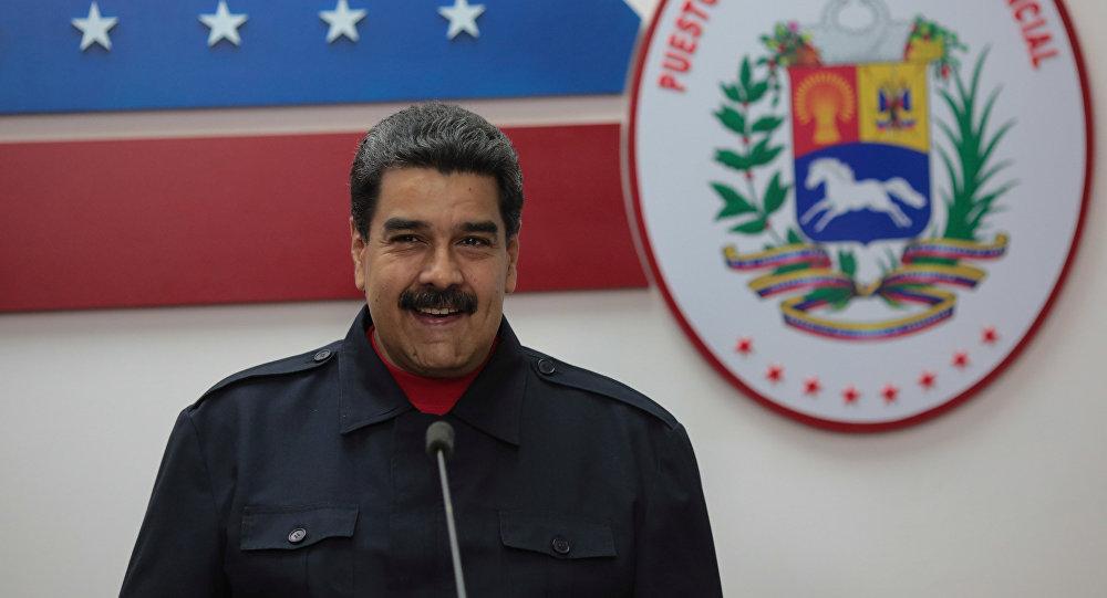 Con un año de atraso, Venezuela elige gobernadores
