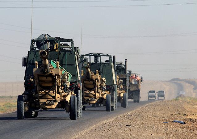 Artillería iraquí en la región de Kirkuk, Irak