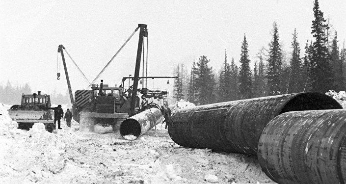 Construcción de un gasoducto soviético a Europa