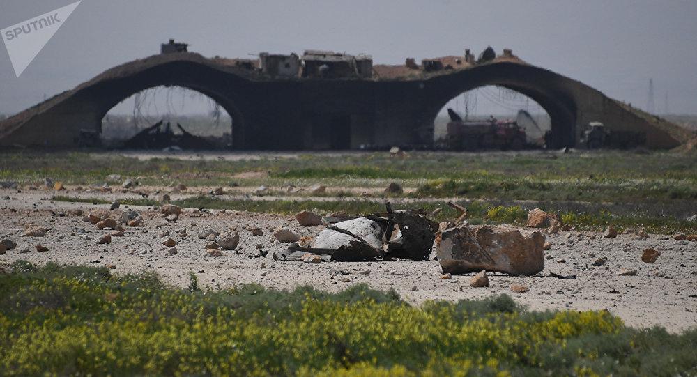Consecuencias del ataque de EEUU contra la base aérea siria de Shairat