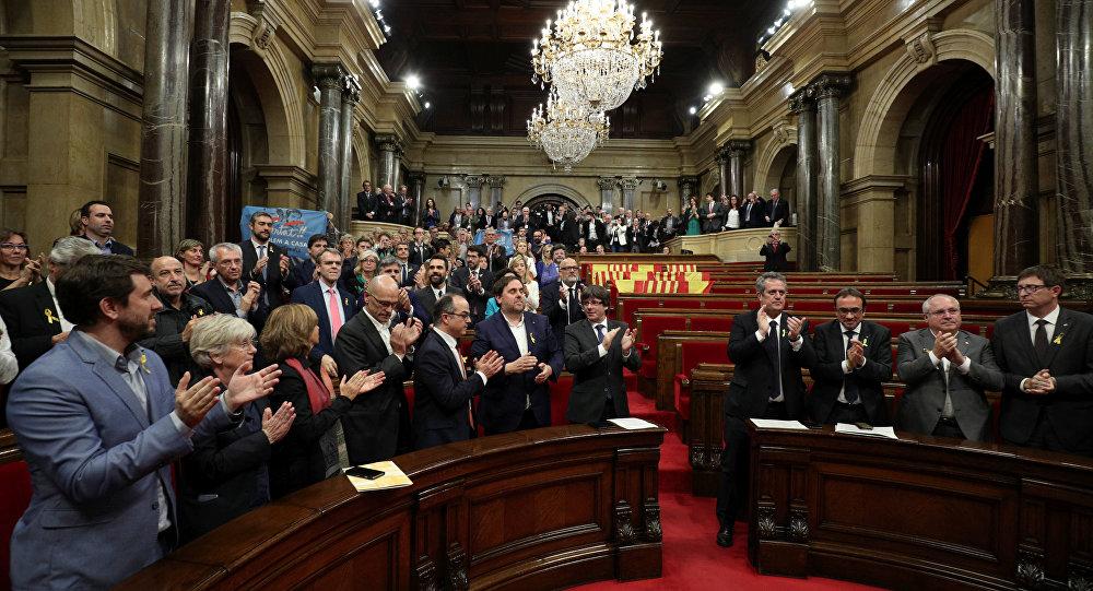 El Parlamento Catalán después de la votación