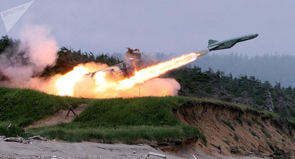 Lanzamiento de un misil 'Rubezh' (RS-26 Yars-M)