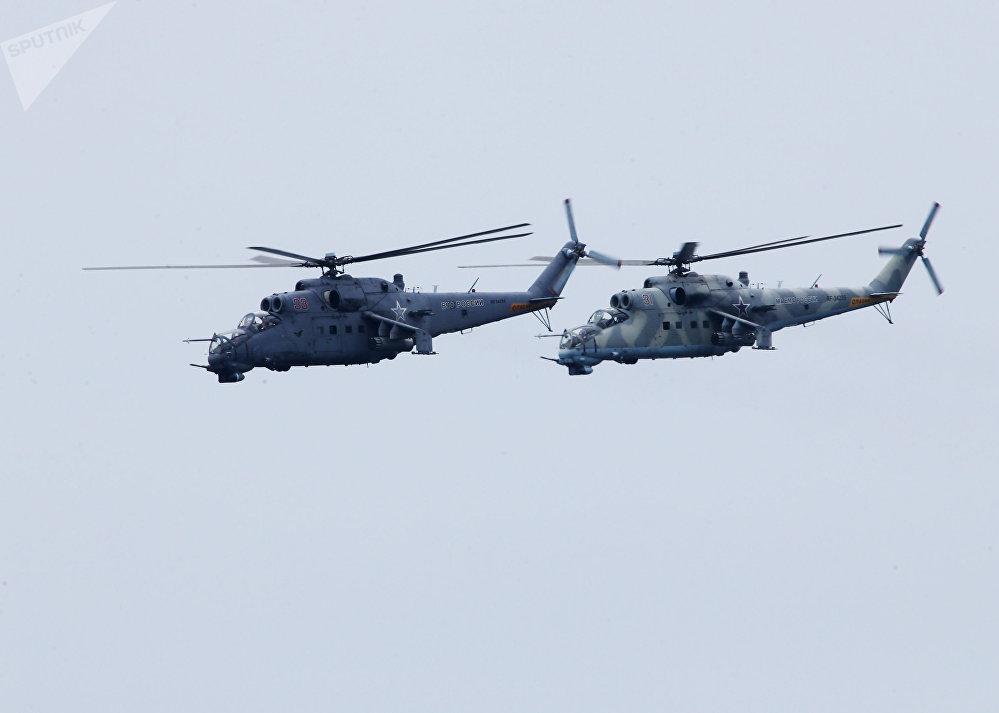 Dos helicópteros Mi-24VM