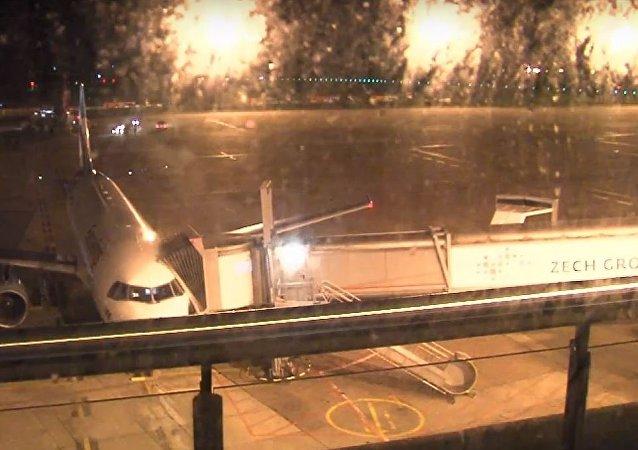 Aeropuerto de Bremen durante el huracán Herwart