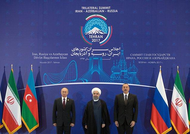 Presidente ruso, Vladímir Putin, presidente de Irán, Hasán Rohaní y presidente azerbaiyano, Ilham Aliyev