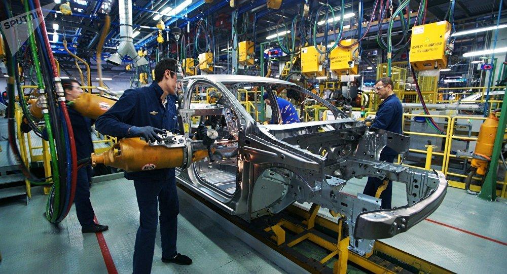 La producción de coches en la fábrica de Avtovaz (imagen referencial)