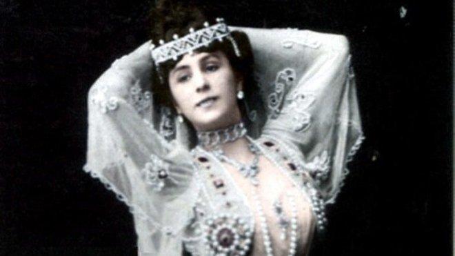 Mathilde Kschessinska como Aspiccia, 1903