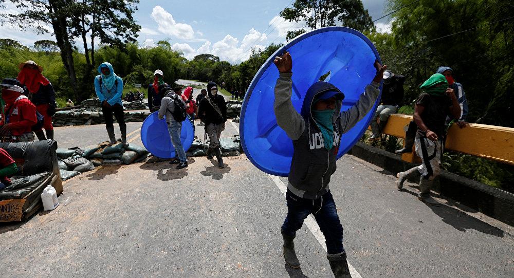 17 indígenas heridos por la Fuerza Pública