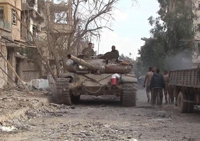 Así expulsa el Ejército sirio a Daesh de los barrios de Deir Ezzor