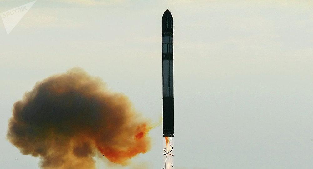 Lanzamiento de un misil ruso (Archivo)