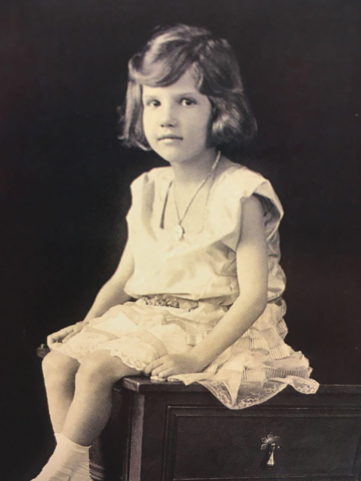 La princesa Ekaterina Románova en su infancia en Serbia