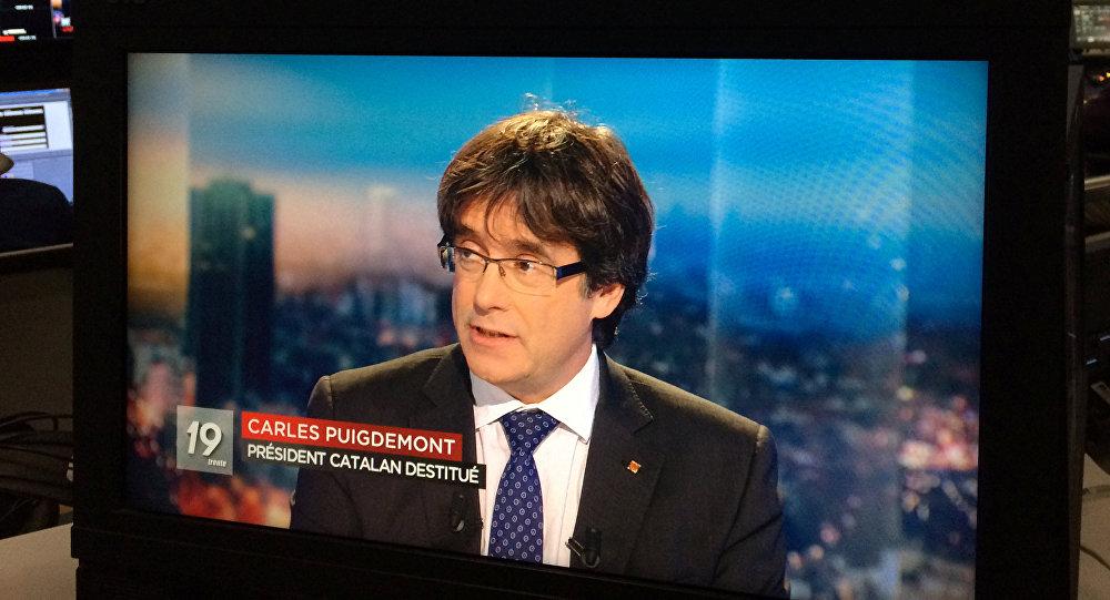 El expresidente del Gobierno catalán, Carles Puigdemont, durante la entrevista