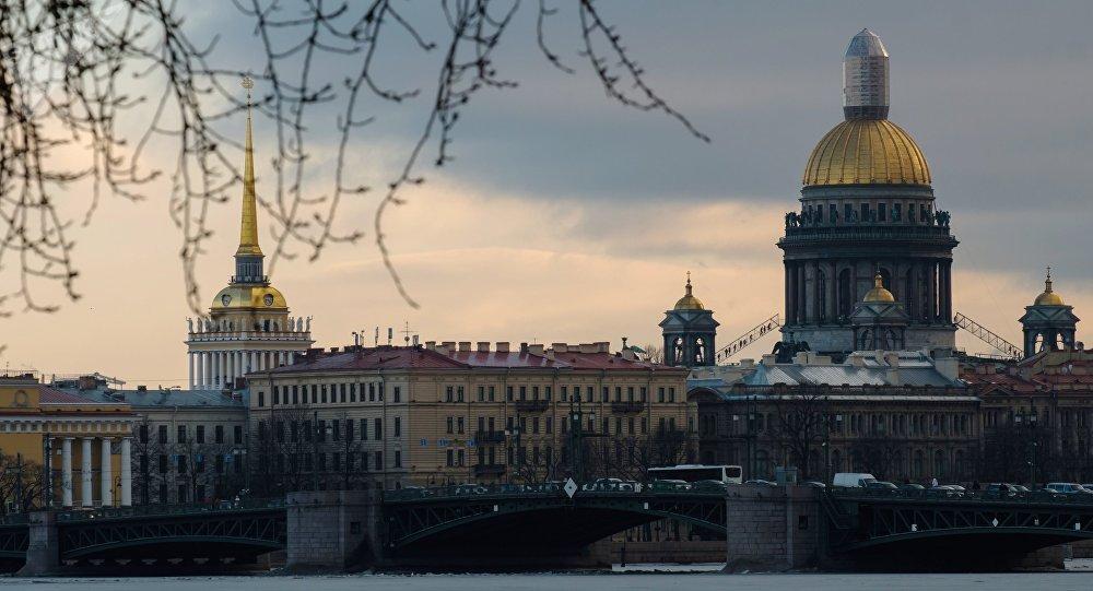 Una explosión en un supermercado de San Petersburgo dejó 10 heridos