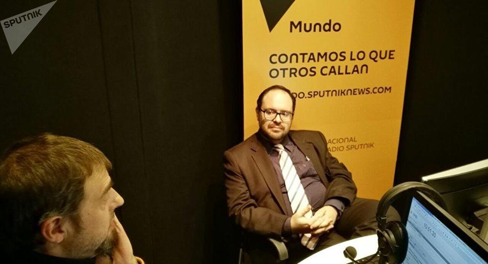 El consejero de Comunicación e Información de la Unesco para América Latina y el Caribe, Guilherme Canela, en entrevista con el programa de radio Telescopio, de Sputnik.