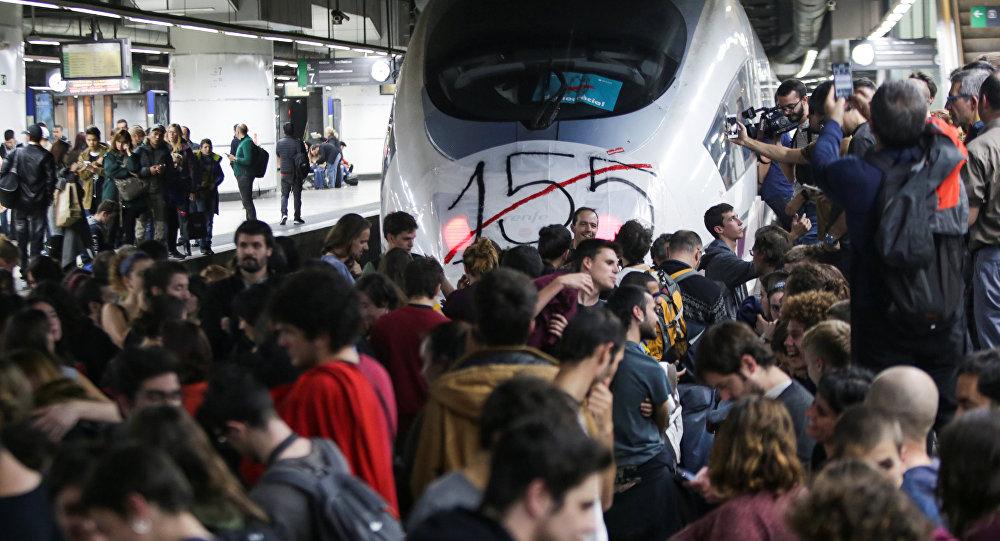 Bloqueo de la estación ferroviaria en Barcelona