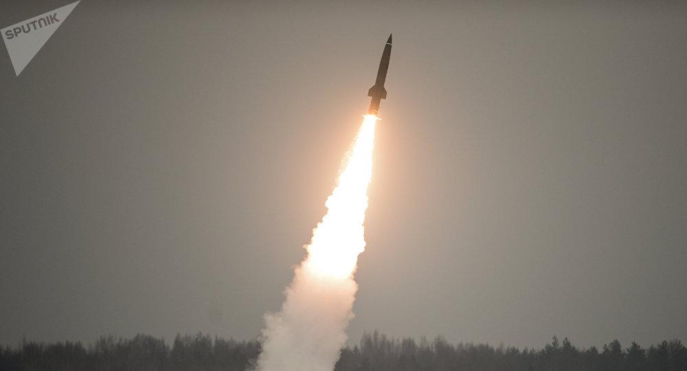 Lanzamiento de un misil ruso (imagen referencial)
