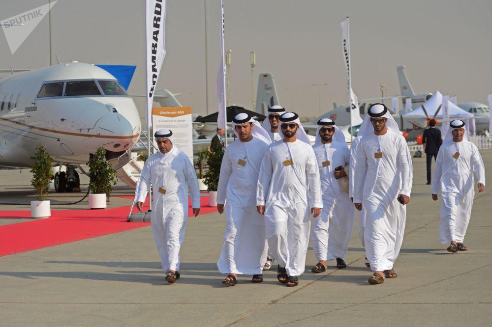 Los momentos más espectaculares del salón aeroespacial internacional Dubai Airshow 2017
