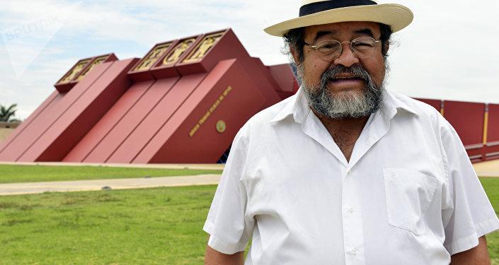 Walter Alva,  científico y arqueólogo peruano