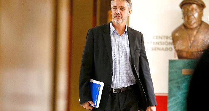 Fulvio Rossi, senador chileno