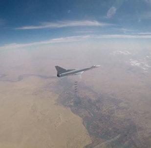 Desde el cielo: los Tu-22 rusos golpean a los terroristas en Siria