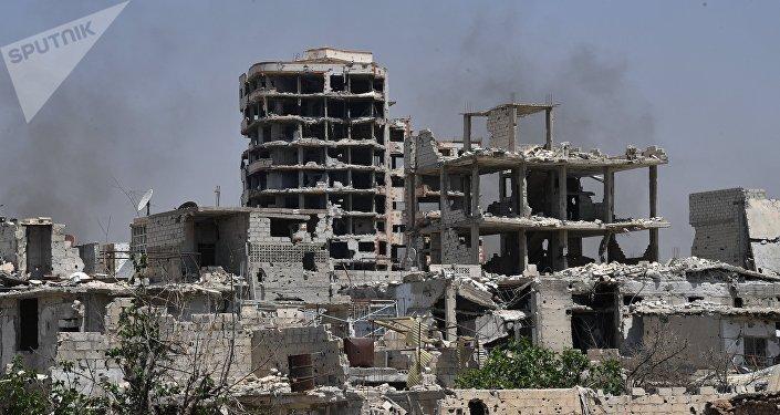 Edificios destruidos cerca de Damasco, Siria