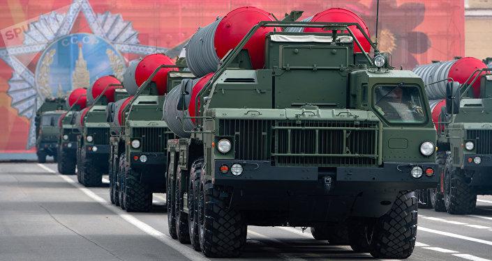 Los sistemas rusos S-400 Triumf