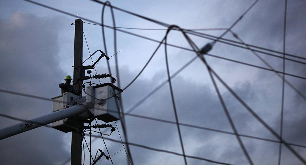 Reparación del sistema eléctrico en Puerto Rico