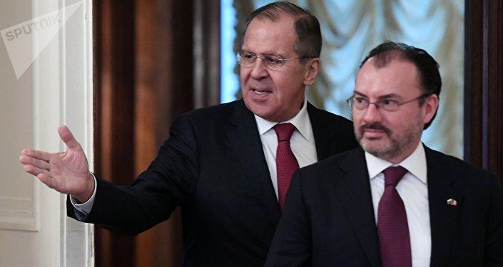 El canciller de Rusia, Serguéi Lavrov y el canciller de México, Luis Videgaray