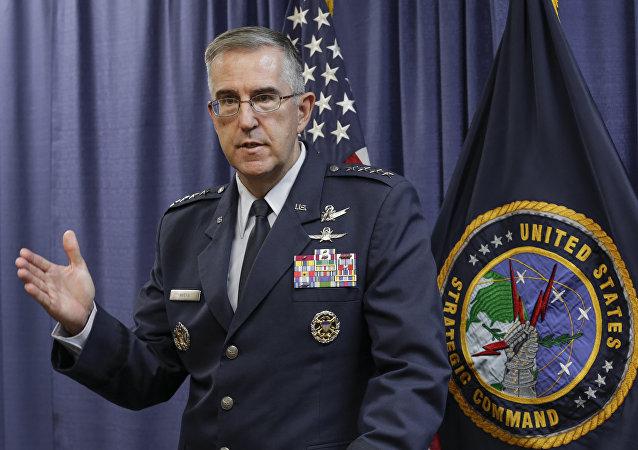 El jefe del Comando Estratégico de Estados Unidos (STRATCOM), el general de la Fuerza Aérea John Hyten